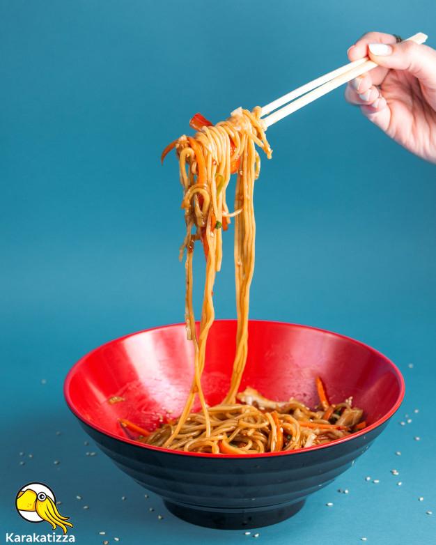 Азиатская еда в коробочках с доставкой - онлайн-ресторан Каракатица