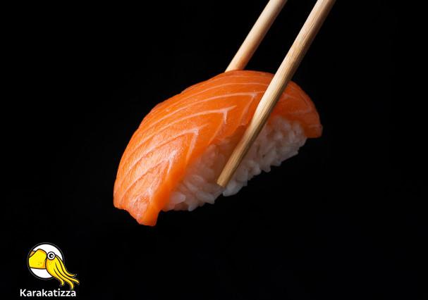Японские суши в онлайн-ресторане Karakatizza