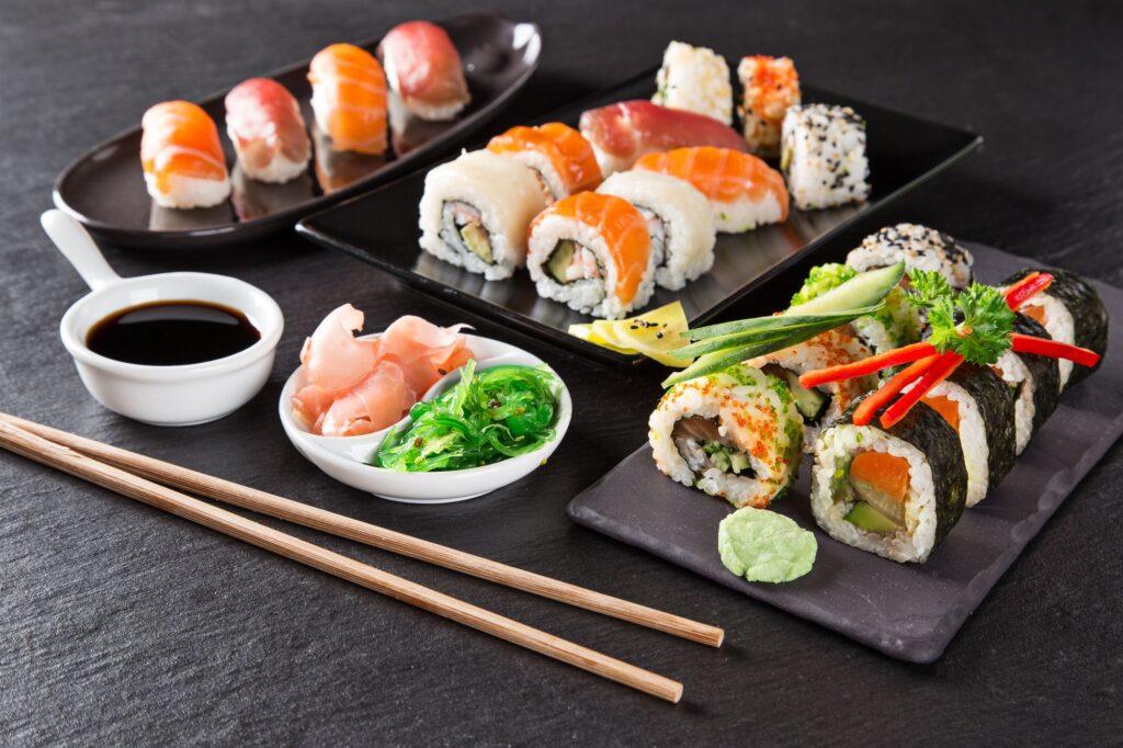 Заказать набор суши с бемплатной доставкой от Karakatizza