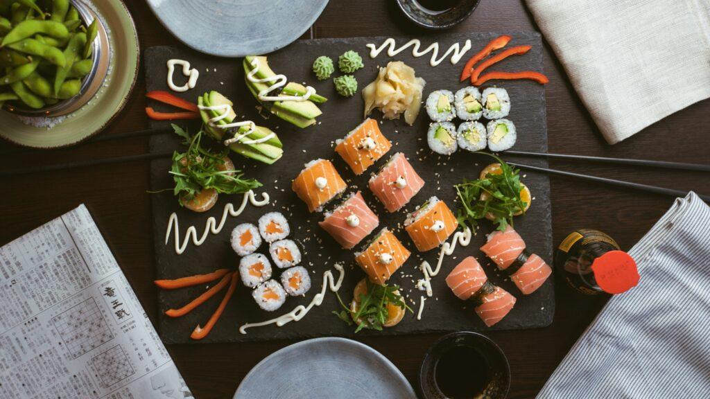 Роллы и суши сеты - заказать в онлайн-ресторане Karakatizza